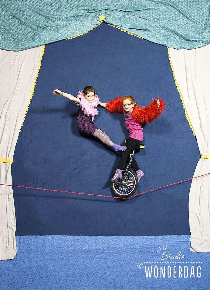 Kinderen tijdens Festival C op éénwieler