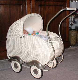 Dieser Puppenwagen wurde vom McGillwell-Shop aufgearbeitet