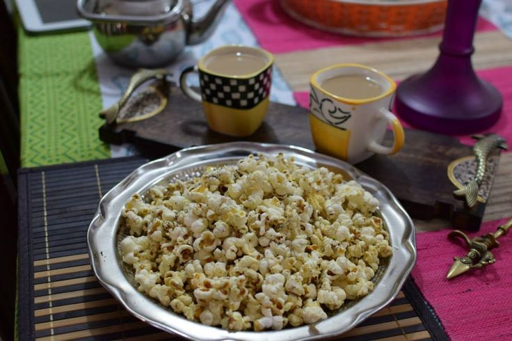 #EveningSnack #PopCorn Life's an amazing movie, sometimes a thriller, sometimes romantic, sometimes comical and sometimes  a chick-flick!!   So, why not enjoy it with some yummy popcorn!?!?!