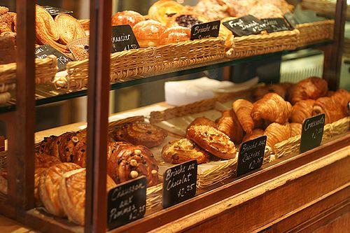 Viennoiseries, Croissants, Paris