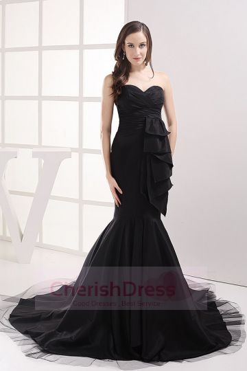 Trumpet/Mermaid Sweetheart Chapel Train Taffeta Dress with Frills