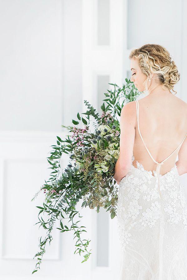Rustic North Carolina Riverside Wedding Ideas Strictly Weddings Simple Elegant Wedding Wedding Riverside Weddings
