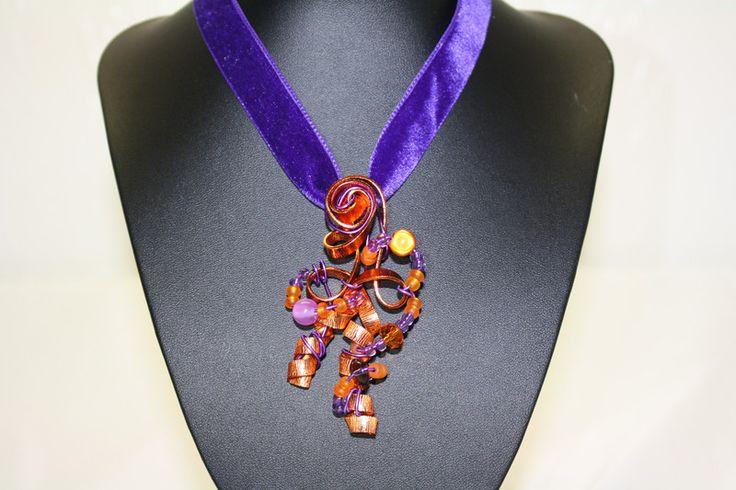 Schmuckanhänger - Anhänger lila kupfer Aludraht Samt Band Schmuck - ein Designerstück von trixies-zauberhafte-Welten bei DaWanda