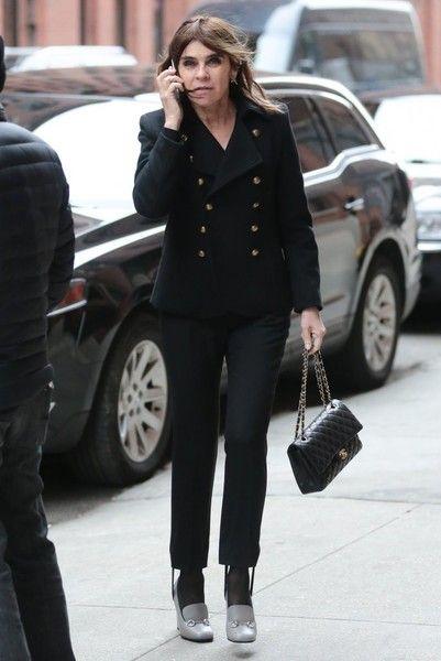Carine Roitfeld Photos - Carine Roitfeld Takes a Phone Call in NYC - Zimbio