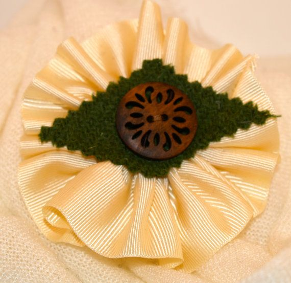 Cream Ribbon Brooch with Green Harris Tweed and a Wooden Button
