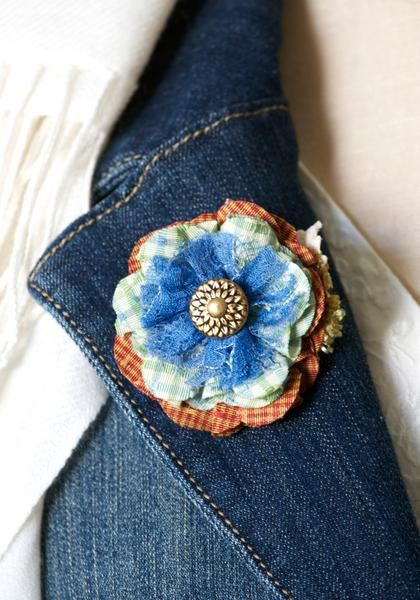 Boutonniere Pin by Rosy Posy Designs