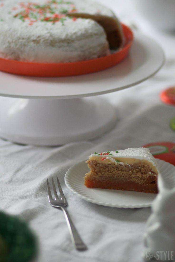 Ostern : Im Zeichen der Möhre! {inklusive Osterkuchen-Rezept} | Ostertafel Dekoration ohne Eier mit Goldhasen und veganem Karottenkuchen.