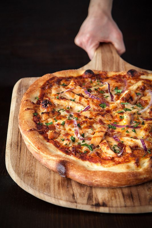 Barbecue Chicken Pizza mit hausgemachten