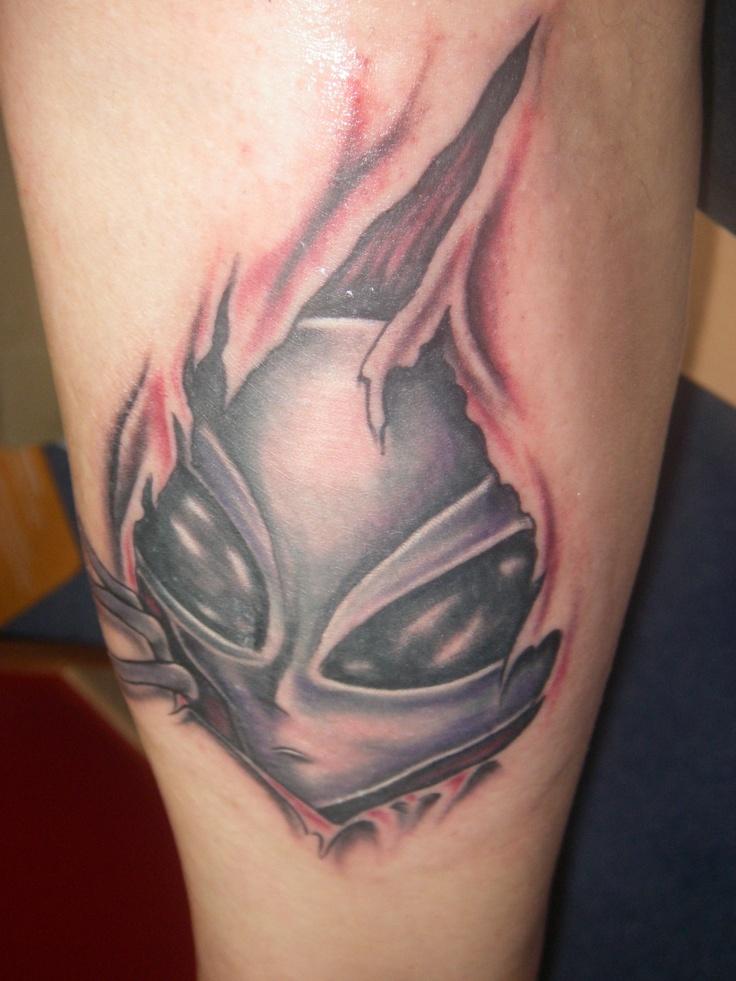 51 Deadliest Predator Tattoo Designs Ideas For Men: 27 Best Alien Tattoos Images On Pinterest