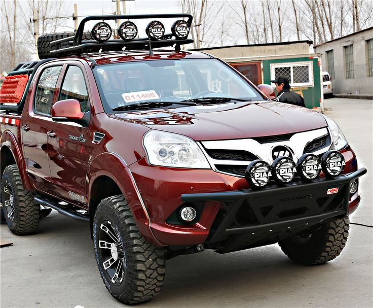 Being equipped with bumper, lights,roof rack and more