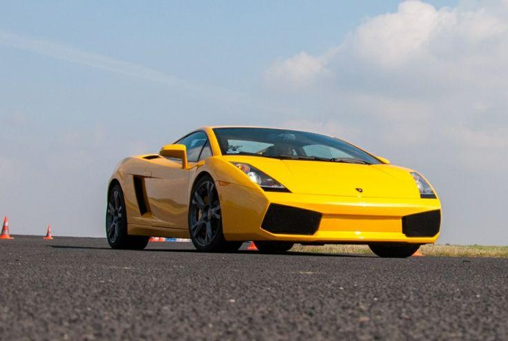 Lamborghini - legendarne auto z niesamowitym wyglądem i osiągami