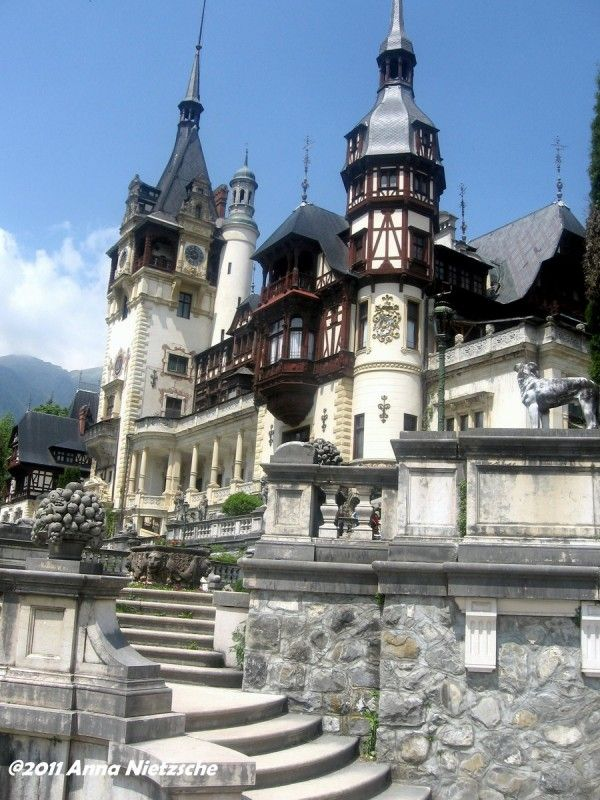 Peles castle ia beautiful architecture where the Italian Renaissance, Gothic, German Baroque and French Rococo style are very well representatived on the decorative elements.Located in Sinaia at 44 km from Brasov, Romania an aria with a montaine climatic and a wonderful landscape, is considered by many one of the most beautiful castles in all Europe.