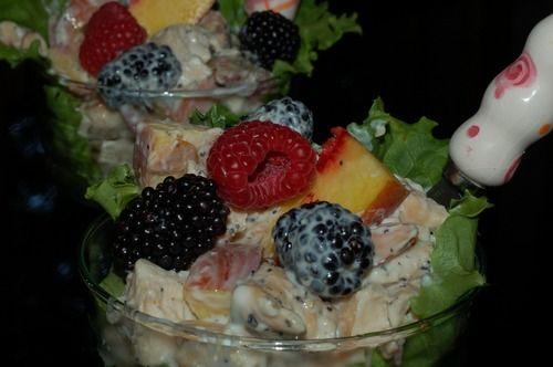 Light Chiken Salad: Chicken Recipes, Chicken Salads, Chiken Salad, Repin Recipes, Lights Chicken Salad, Salad W Lights, Recipes Healthy, Favorite Recipes, Chicken Recipies