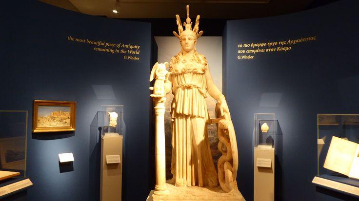 Fotografía: Rebeca Pizarro - Museo Arqueológico- Estatua de Atenea romana- Atenas