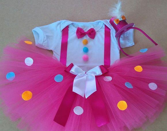 428cda181a Saia tutu rosa pink com bolinhas de feltro coloridas 1 tiara cartola Body  personalizado Tamanho 1 Para tamanhos maiores consul…
