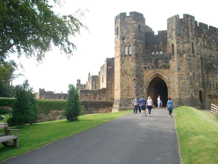 #alnwick #castle #harrypotter #entrance #hogwarts