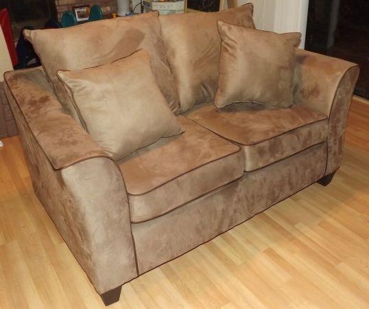 Detroit loveseat sofa 195 for Detroit sofa company
