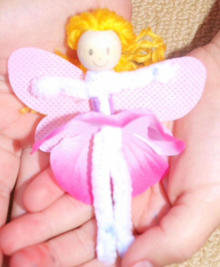 We've been making Pipe Cleaner Fairy's. They are so easy and so very cute. Here's how: Cut two pipe cleaners, 16cm l...