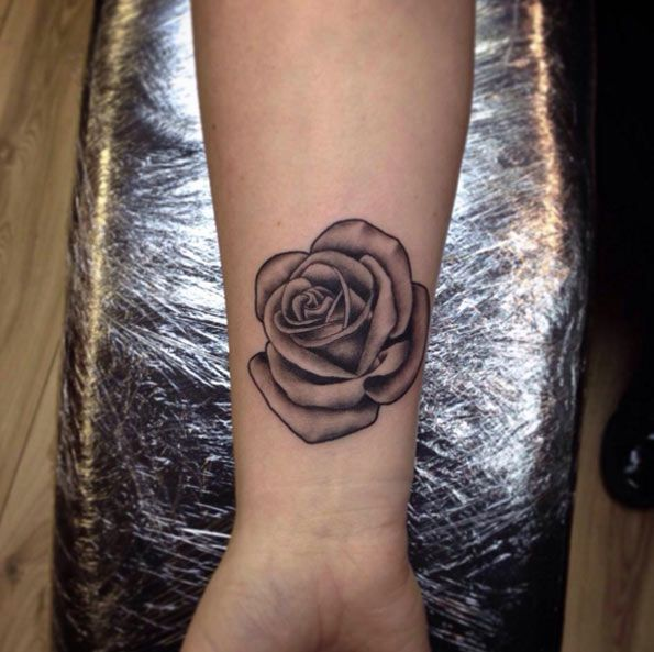 Blackwork Rose Tattoo on Wrist by Holly Ween
