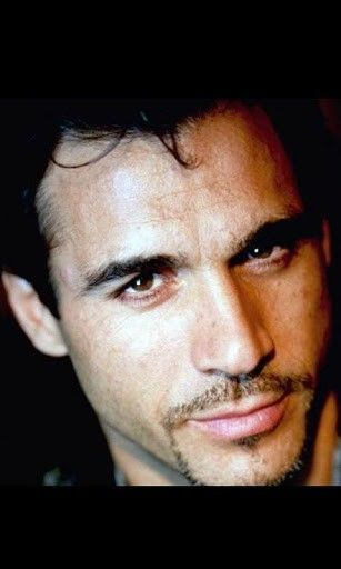 Adrian Paul Jigsaw Puzzle App for Android