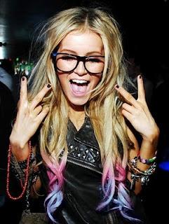 Dip Dye Hair. Love it, so Katy Perry!