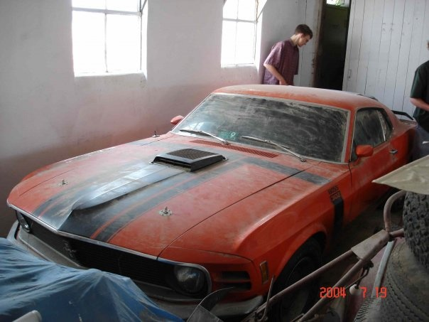 17 best images about barn finds abandoned cars on for Garage auto orange