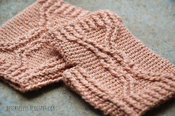 crochet cable fingerless mittens - guanti a uncinetto con trecce - besenseless.blogspot.com