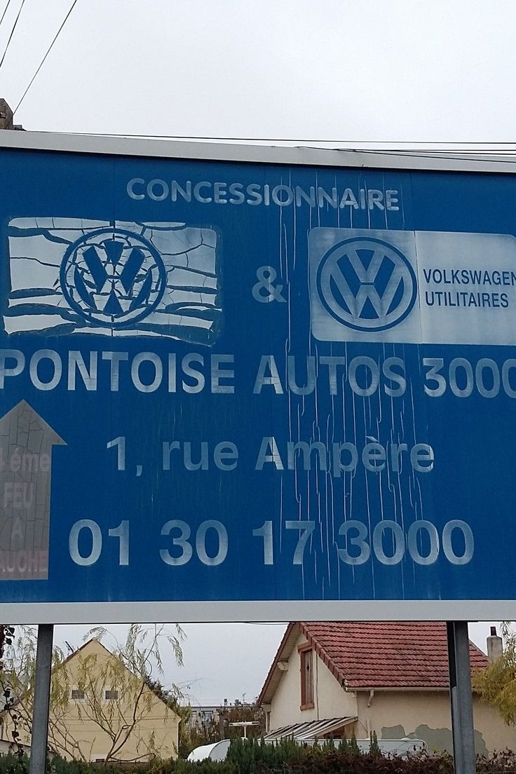 Dealership Volkswagen... 3000 ! Volkswagen, Auto