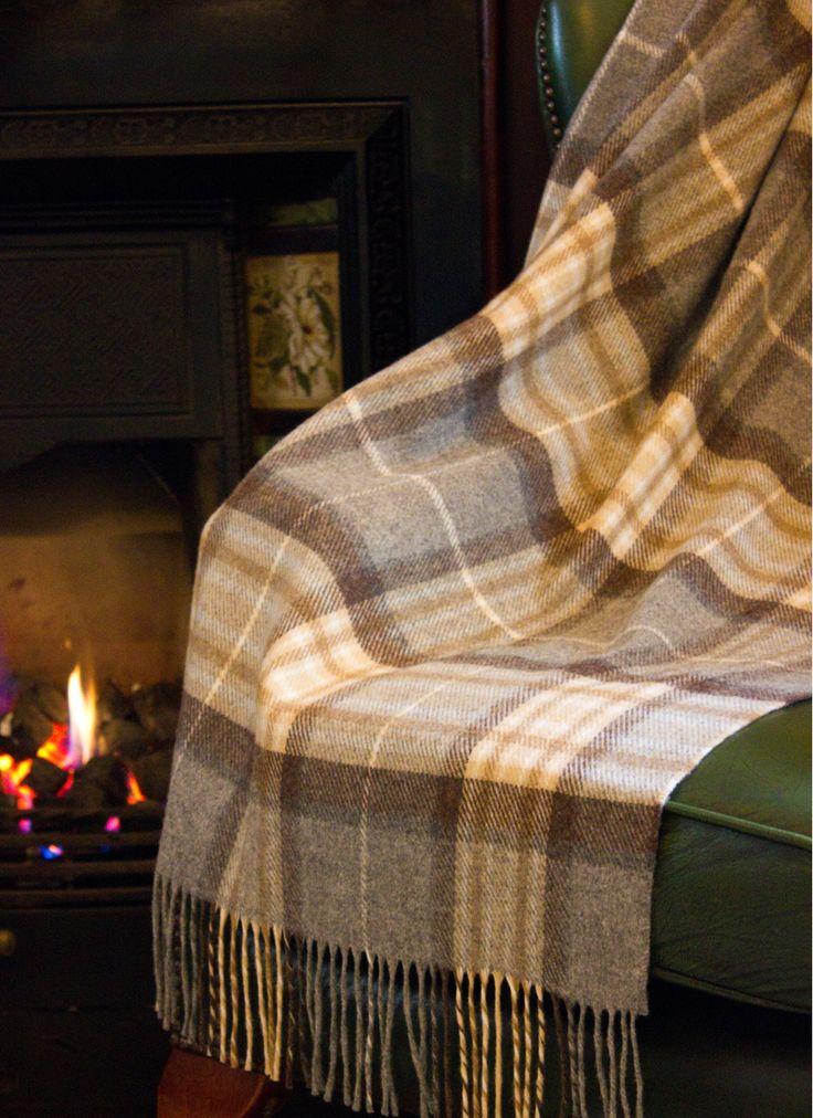blarney woollen mills stock a wide range of traditional irish throws irish throw blankets and woollen blankets and rugs from ireland
