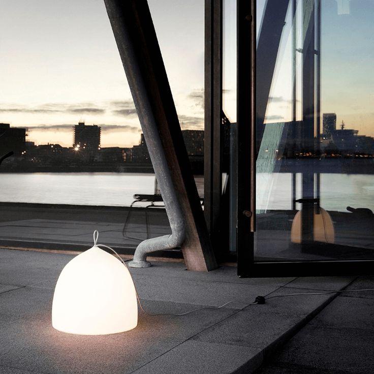 Køb Suspence Nomad gulvlampe af GamFratesi
