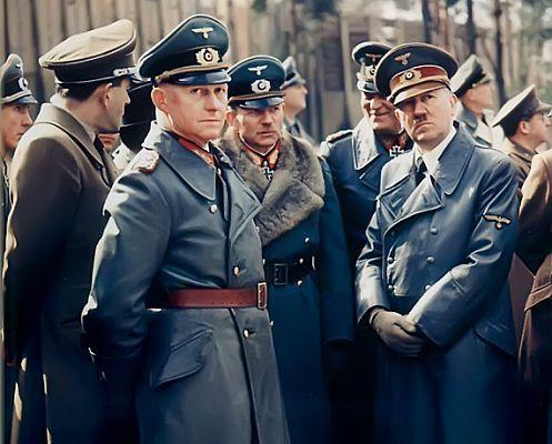 الجنرال الالماني هاينز غودريان  2a74db0c63d7503e1e2317694fa9c5ce--uniform-soldiers