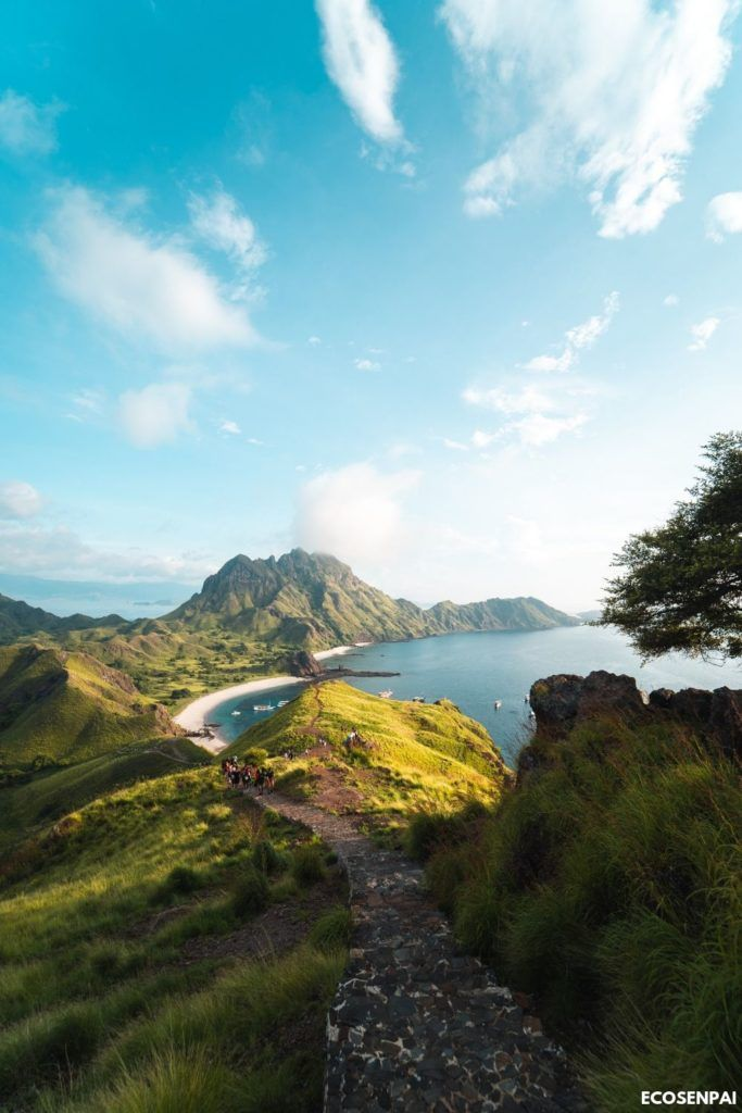 Nature Photography Beautiful Spring Wonderful Sky On A Cliff With Beautiful Ocean In The Background Landscape Komodo National Park Landscape Photography