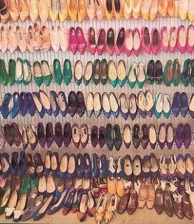Jak żyć źle i się z tego cieszyć? : Odcinek 34: dlaczego nie znoszę kupować butów?