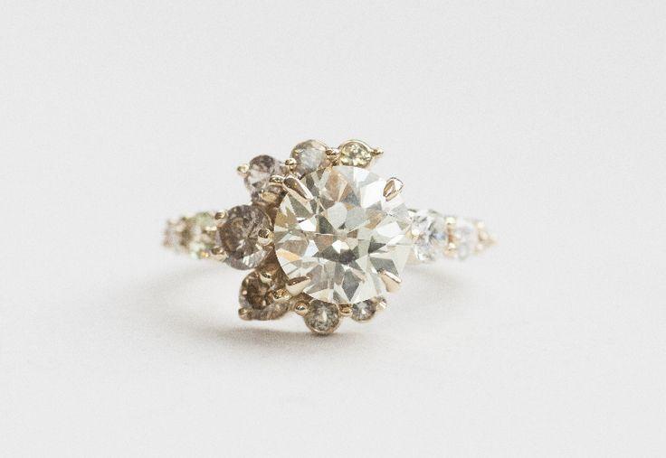 OLD EUROPEAN CUT YELLOW DIAMOND STONE CRESCENT RING Image