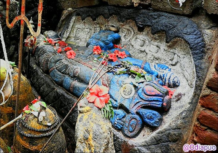 Lord Vishnu in Ananta Shayan mudra at Kutunipadar | Welcome to Odisha Tour Guide