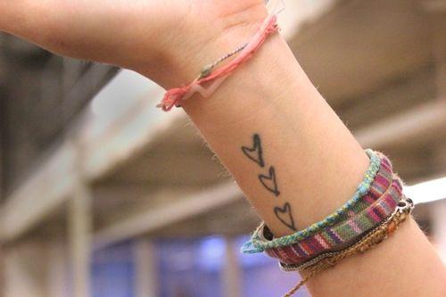 3 hearts.Heartstattoo Design, Tattoo Ideas, Wrist Tattoo, Wear Heart On Sleeve Tattoo, Heart Tattoo, Little Tattoo, Friendship Bracelets, Henna Tattoo, Cute Tattoo
