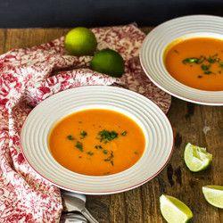 Sopa de batata doce e curry