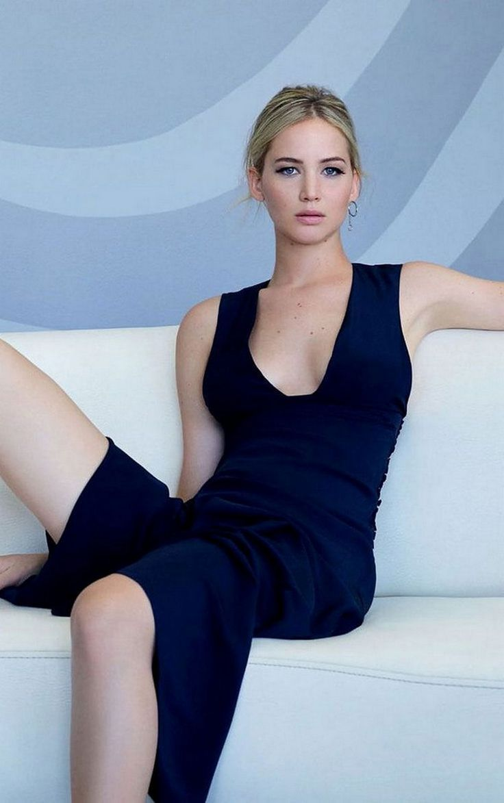 Women We Love – Jennifer Lawrence Redux (26 Photos) – Suburban Men
