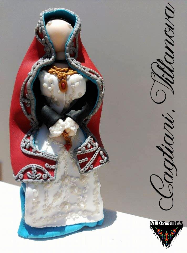 donna in abito tradizionale di #villanova #cagliari #nuracrea #folk #tradizione #sardegna