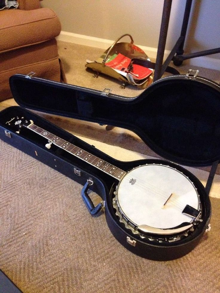 Used but in good condition, plays fine. $30.00 shipped #hardshell #case #original #with #string #banjo #fender