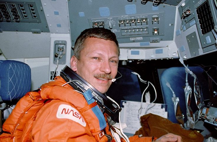 STS037-13-036 (5-11 April 1991) --- Astronaut Steven R. Nagel talks to ground controllers from the commander's station on the space shuttle Atlantis