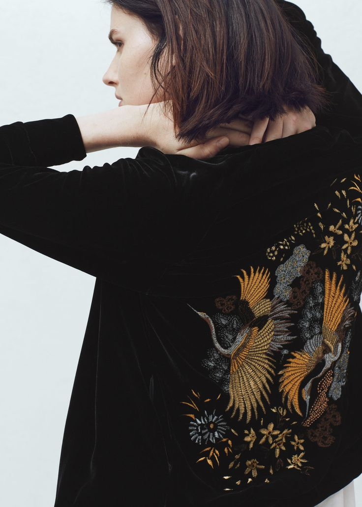 Embroidered velvet bomber jacket | MANGO
