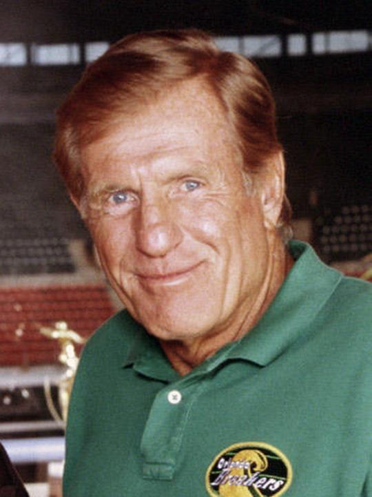 Luther Van Dam (Jerry Van Dyke) ~ Coach