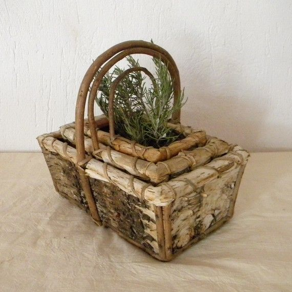 grow herbs in a vintage basket: Vintage Baskets, Baskets Gardens, Growing Herbs, Handmade Gifts