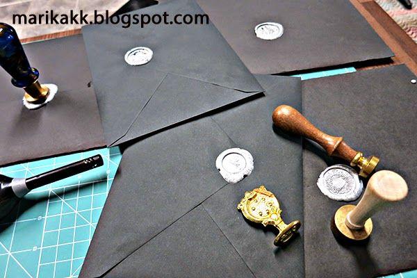 sealing envelopes - kuorten sinetöinti sinettilakalla
