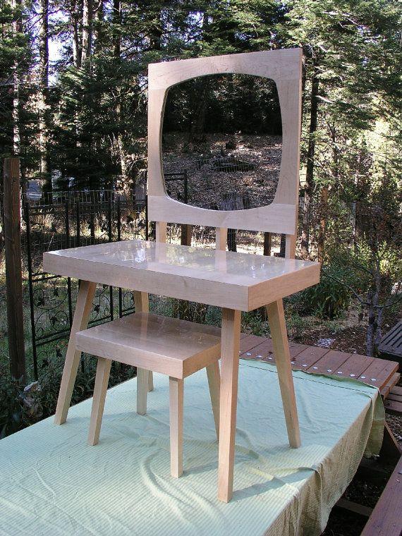 Modern Mirrored Vanity Table Set, Mid Century Style,  Maple Makeup Vanity, Bathroom Vanity. Bedroom Furniture.