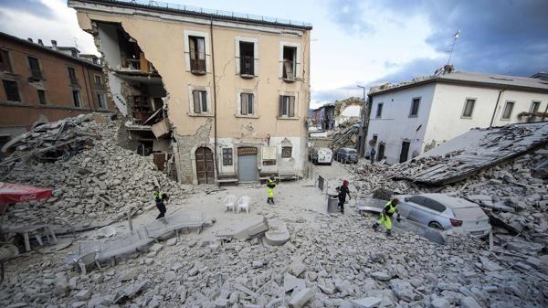 Movimientos sismicos, #Terremotos y #Sismos en la Peninsula de #Italia ayer y hoy (34) @CESCURAINA/Prensa en Castellano en Twitter