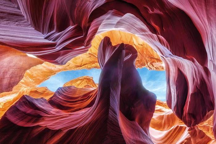 L'Antelope Canyon è lo slot canyon più visitato degli Stati Uniti sudoccidentali. Si trova sulla terra Navajo vicino a Page, Arizona.  www.sinaviga.it