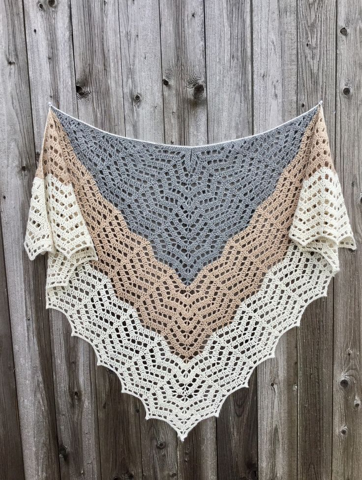 25+ best ideas about Crochet Shawl on Pinterest Crochet ...