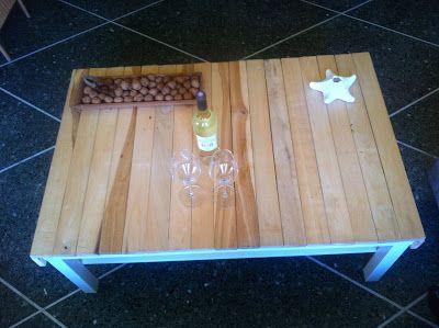 Tisch aus Lattenrost,Table wooden frame, Tavolo doghe di legno,Table lattes de sommier